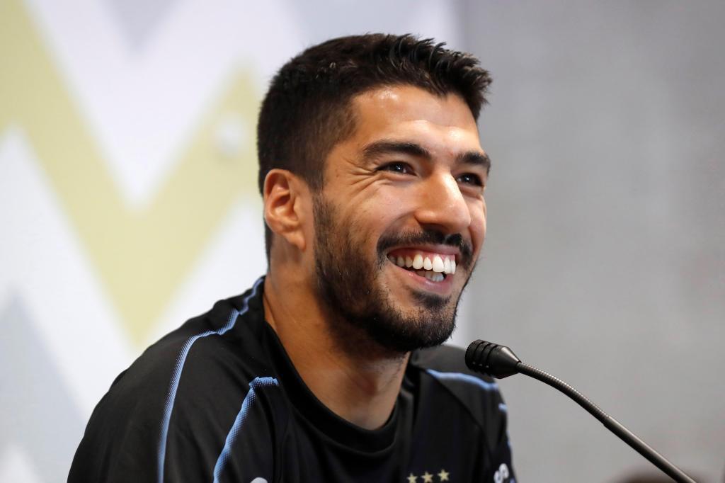 Luis Suárez en una rueda de prensa con la selección uruguaya.