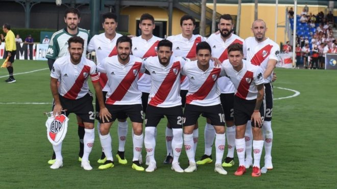 River no lució sponsor principal en el amistoso ante Saprissa