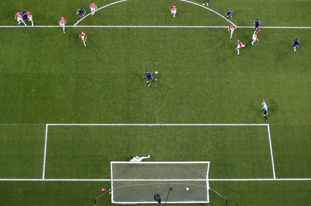Griezmann anotó un 'discutido' penalti señalado por el VAR.