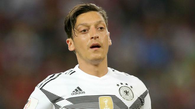 Mezut Ozil dice adiós a la selección alemana