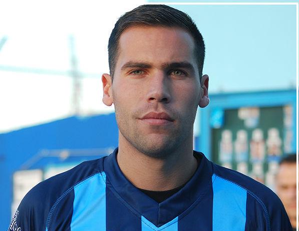 Nahuel Oviedo, acusado de matar a Espíndola, con la camiseta del San...