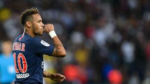 Neymar marcó un tanto en la goleada del PSG