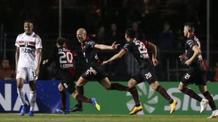 Colón venció a San Pablo 1-0 en la ida en el Morumbí