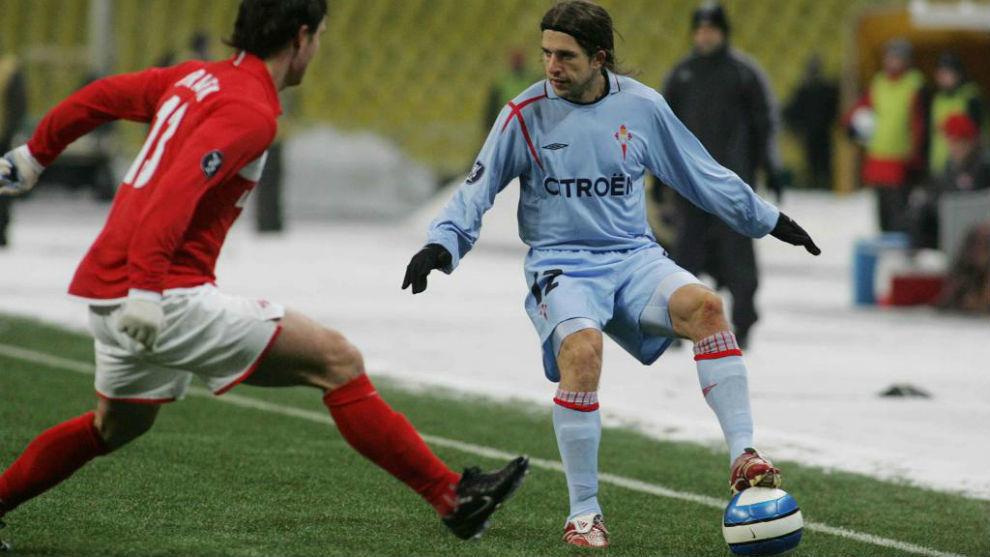 Placente controla un balón en un partido con el Celta de Vigo en la...
