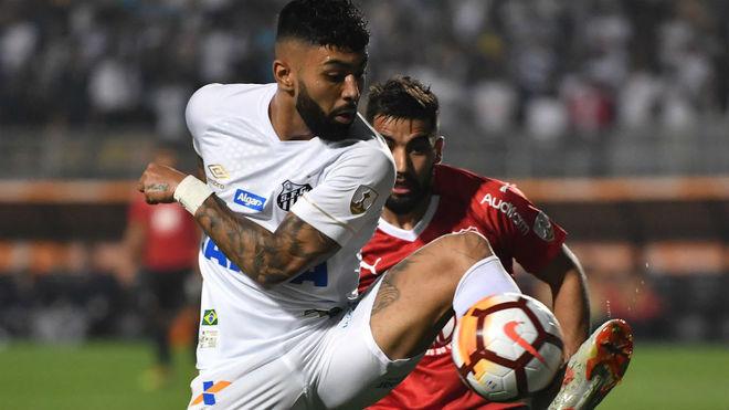 Santos no pudo con Independiente y terminó todo mal.