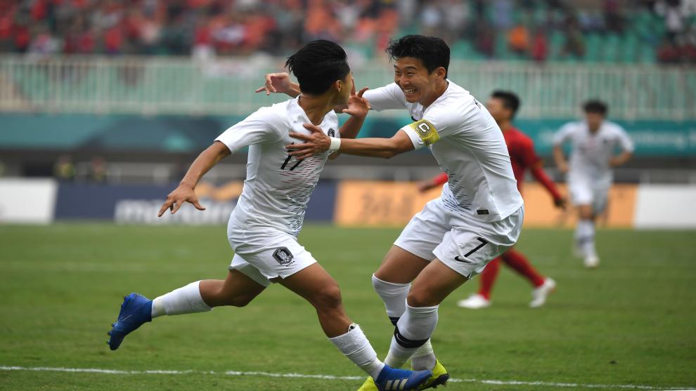 A una victoria de salvar su carrera futbolística — Heung-Min Son