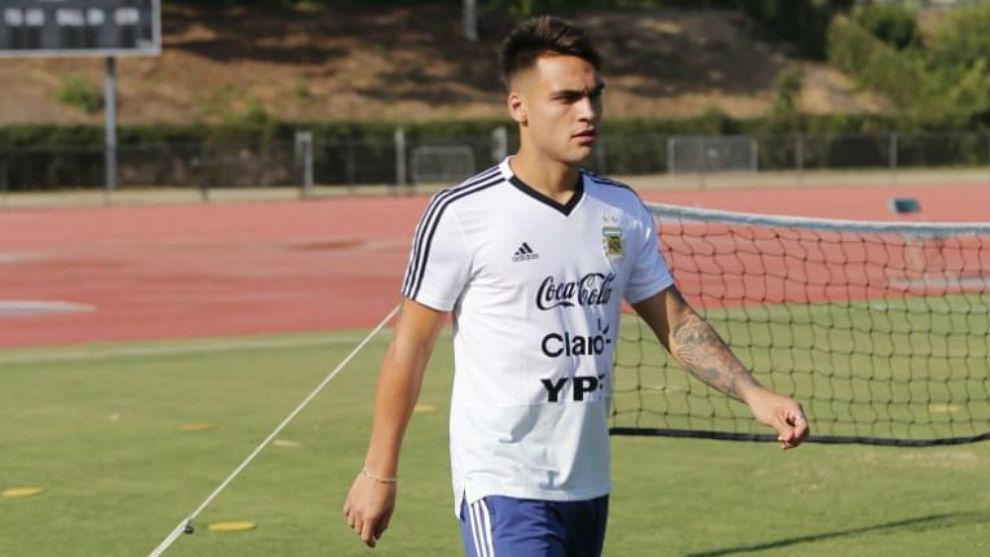 Lautaro Martínez durante el entrenamiento de este martes.