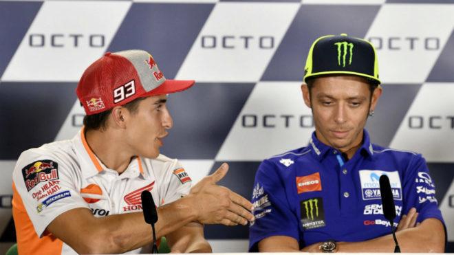 Márquez tiende la mano en vano a Rossi