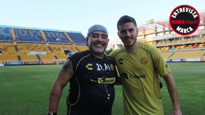 El primer entrenamiento pasé toda la hora mirando a Maradona ... 224b111fd3510
