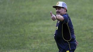 Diego Maradona se presenta como técnico del Dorados de Sinaloa