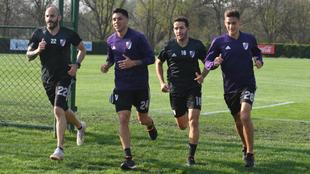 River se entrenó en Ezeiza esperando el duelo ante Independiente