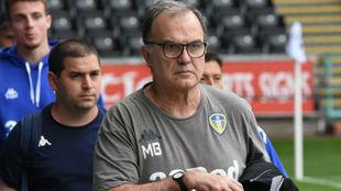 Bielsa, único líder junto al Leeds United