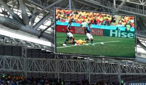 El VAR ayudó al árbitro a cobrar penal en la primera fecha contra...
