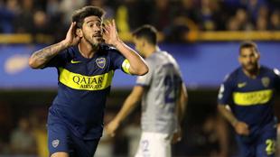 Pablo Pérez grita su gol, el segundo de Boca