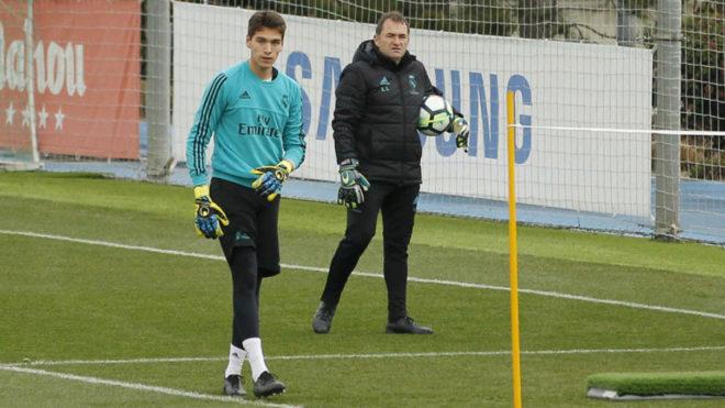 Adrián Rodríguez, en el entrenamiento del Real Madrid
