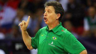 Rubén Magnano como entrenador de Brasil
