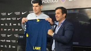 Carlos Lampe dio su primera rueda de prensa como jugador de Boca.