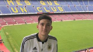 Leo Balerdi, en el Camp Nou.