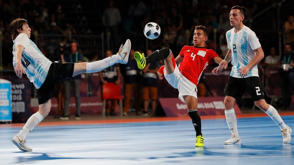 Argentina va por el bronce en futsal
