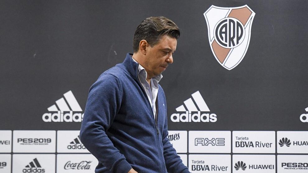 Marcelo Gallardo no podrá estar en La Bombonera ni en el Monumental