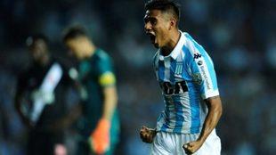 Matías Zaracho, jugador destacado en el Racing puntero de la...