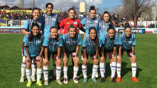 UAI Urquiza, campeonas del fútbol argentino