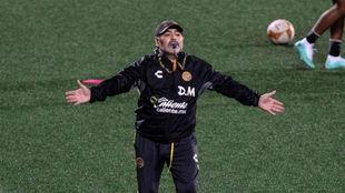 Maradona (58), con Dorados.