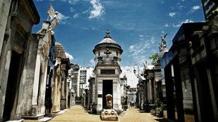 Fuerte explosión en el Cementerio de la Recoleta