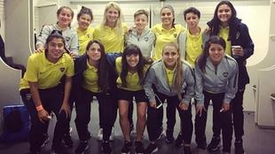 El equipo femenino de Boca estuvo presente en La Bombonera ante...