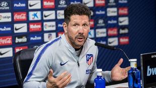 Simeone en su conferencia de prensa.