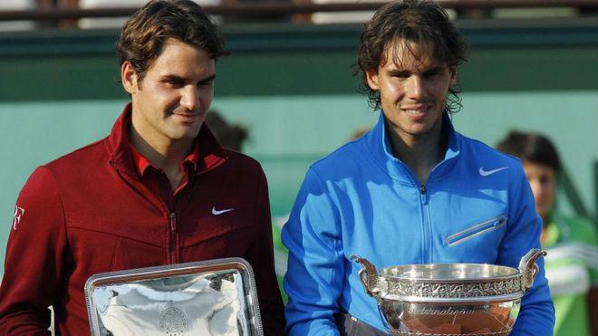Federer deja entrever que regresará a la tierra en 2019