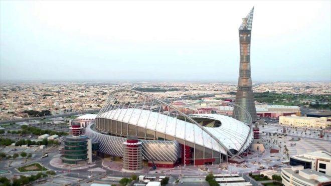 Khalifa International Stadium en Doha es una posible sede de la Recopa...