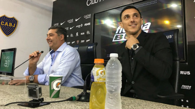 Burdisso se convirtió en el nuevo mánager de Boca