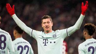 "Lewandowski da marcha atrás: ""Ahora me veo terminando mi carrera..."