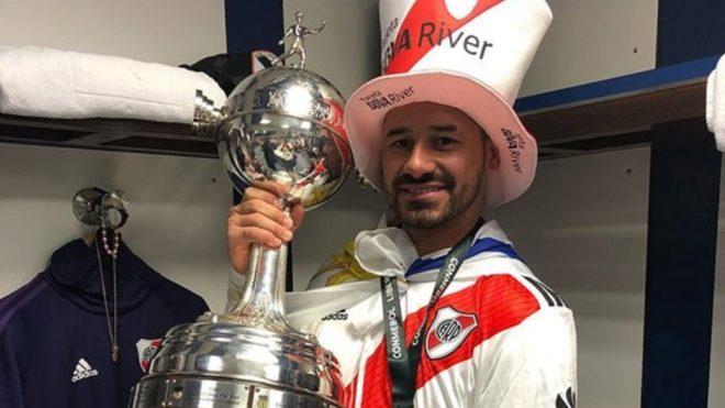 Rodrigo Mora anuncia su retiro del fútbol profesional