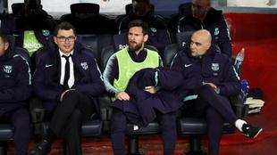 Messi, en el banquillo del Camp Nou.