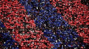 Los hinchas de San Lorenzo y Racing podrán ver a sus equipos como...