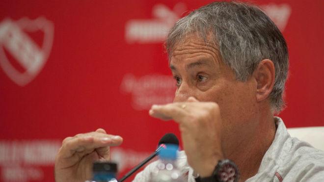 Ariel Holan analizó el empate contra Talleres.