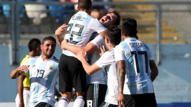 El festejo del gol de Álvarez.