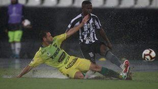 Botafogo y Defensa y Justicia se enfrentan en la primera ronda de la...