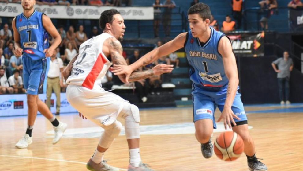 Bahía Basket venció a San Lonrezo 82-78