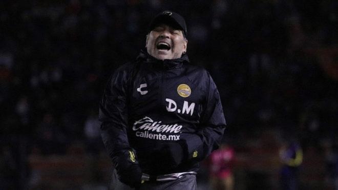Diego Maradona, director técnico de Dorados.