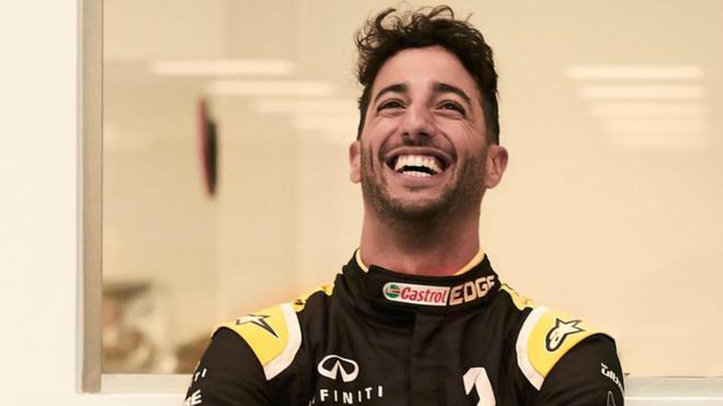"""Ricciardo, """"frustrado"""" con que Mercedes y Ferrari le cerraran sus..."""