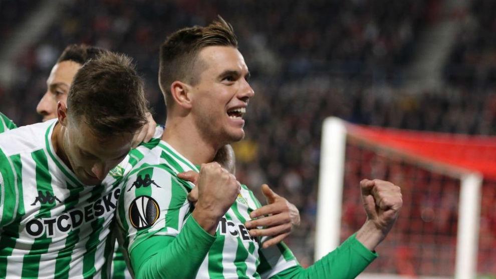 Lo Celso celebra su gol en Francia.