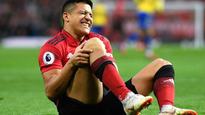 Alexis se retiró contra Southampton...