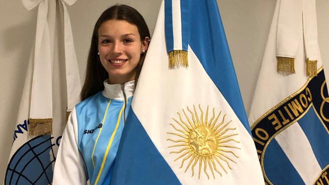 Gisella Bonomi, abanderada de la delegación argentina en Rosario 2019
