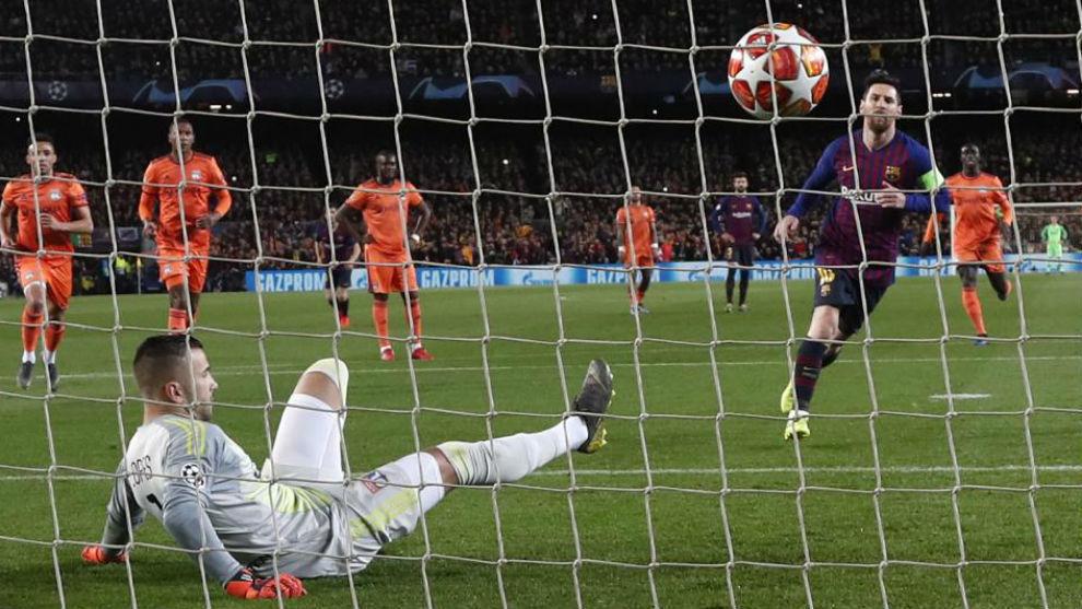 Messi marca de penalti el 1-0.