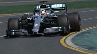 Hamilton con su Mercedes.