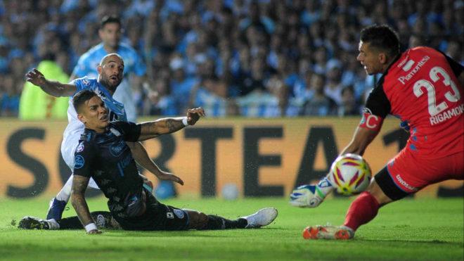 El gol que de Licha López que le dio el triunfo a Racing