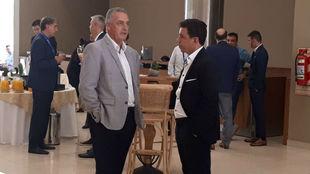 Gustavo Alfaro y Marcelo Gallardo en Conmebol.